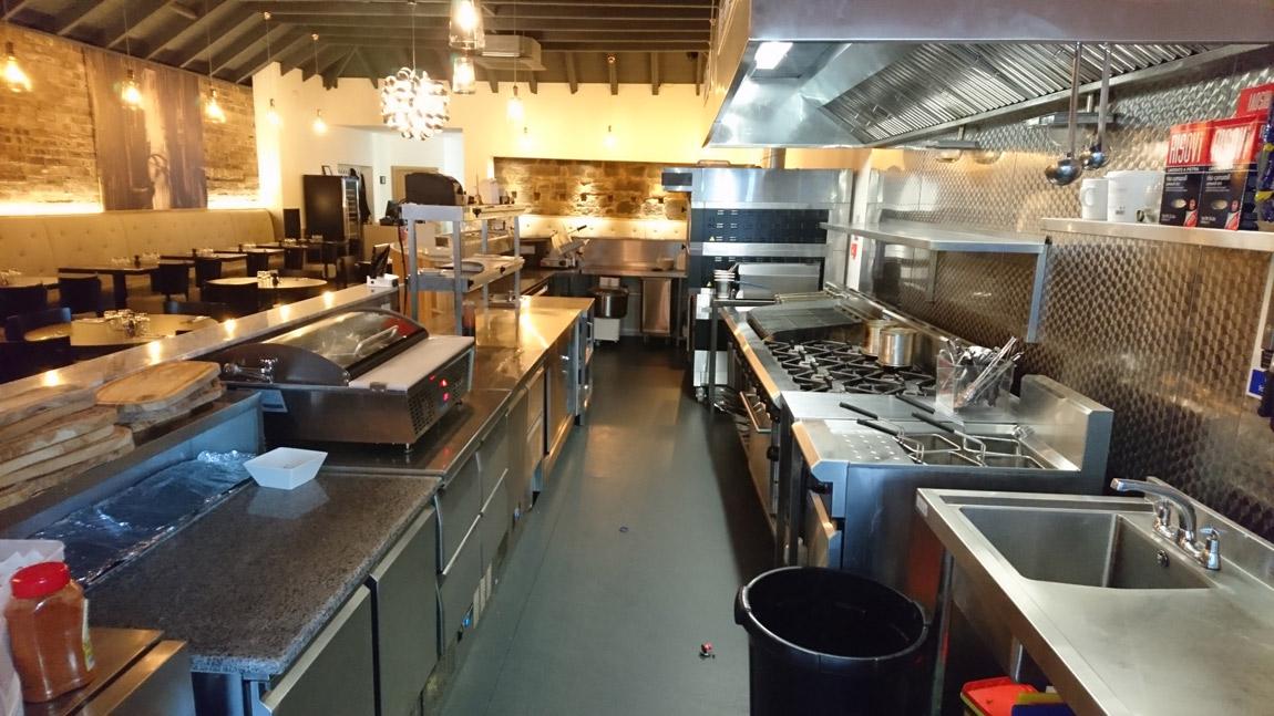 conversion of retail unit to award winning italian restaurant (4)