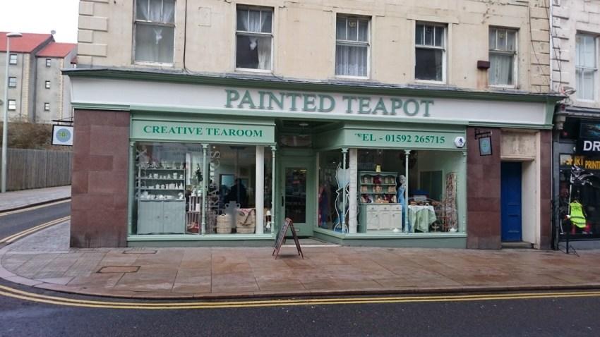 conversion of retail unit to ceramic cafe
