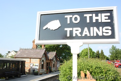 THE TRAIN IS THIS WAY_Chinnor station.