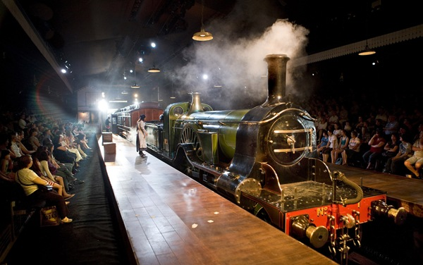 FINE ENGINE_The Railway Children production makes use of a real steam engine, albeit with artificial motion.