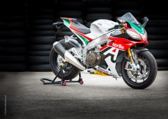 Aprilia RSV4-Motorcycle-Photograph