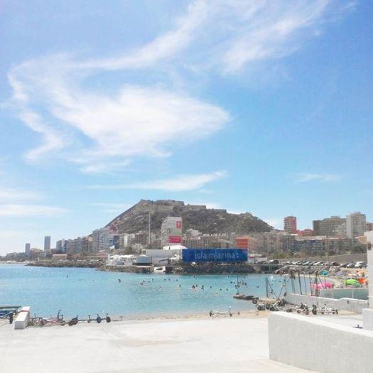 The beach near Real Club de Regatas de Alicante#Alicante #alicantegram #Alacant #spain #spain2015 #spain_gallery #españa #spanien #spagna #espagne #beach #playa #travel #travel_captures #valencia #costablanca #clouds #seascape #seascapes #landscapelover #landscapes #mountain #mountains #sea #mar #mer #summer #verano #wanderlust #sailing
