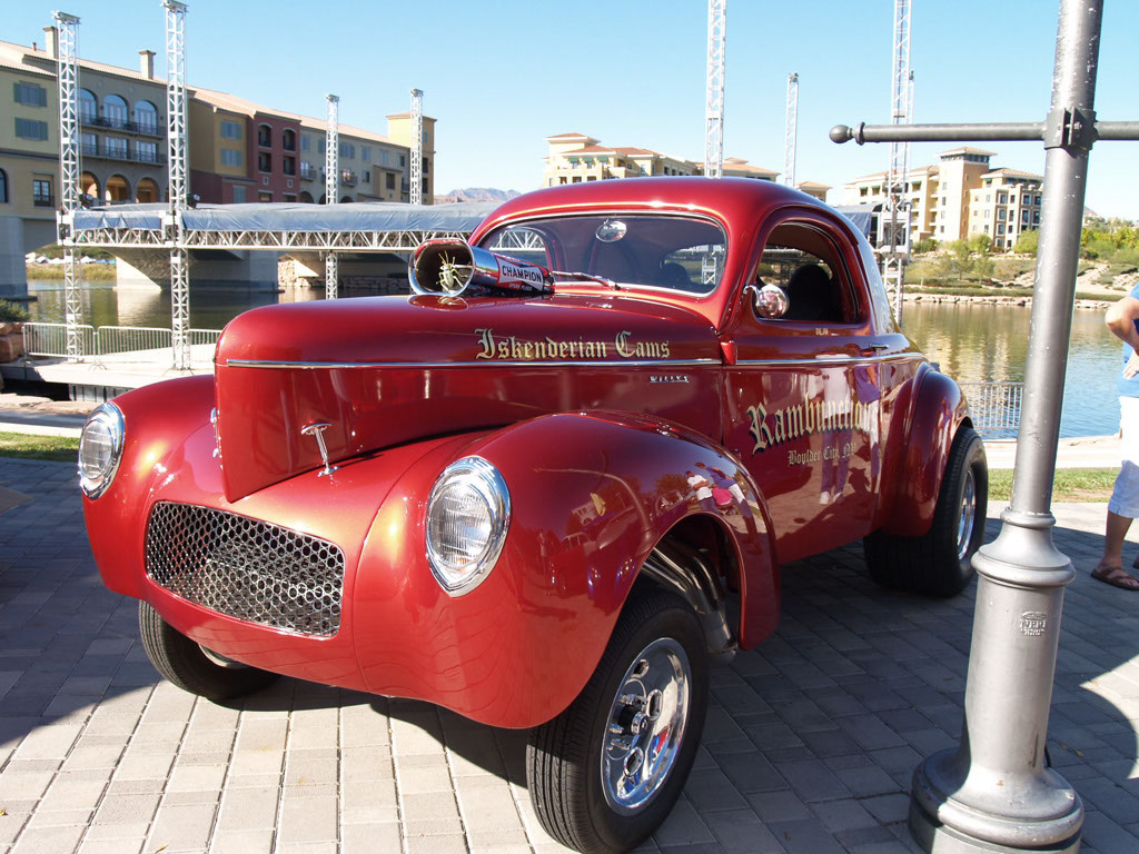 Classic Cars at Lake Las Vegas Car Show 2011