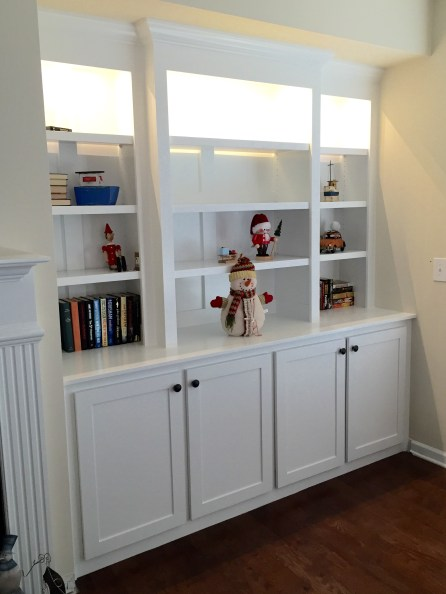 Built in bookcase 11