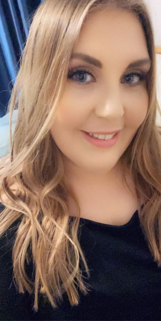 Sarah Harris, Social Media Manager