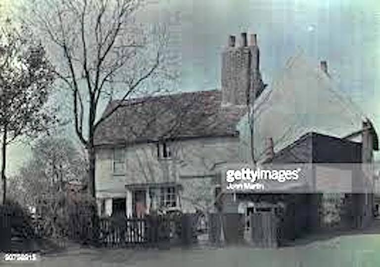 """""""Old cottages at Bury Street, Edmonton, c. 1910—15"""" Arthur E. Morton (fl. 1906—20). Source: Getty images"""