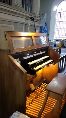 Console of the organ in St Clement's Church, King Square, London EC! (UK)