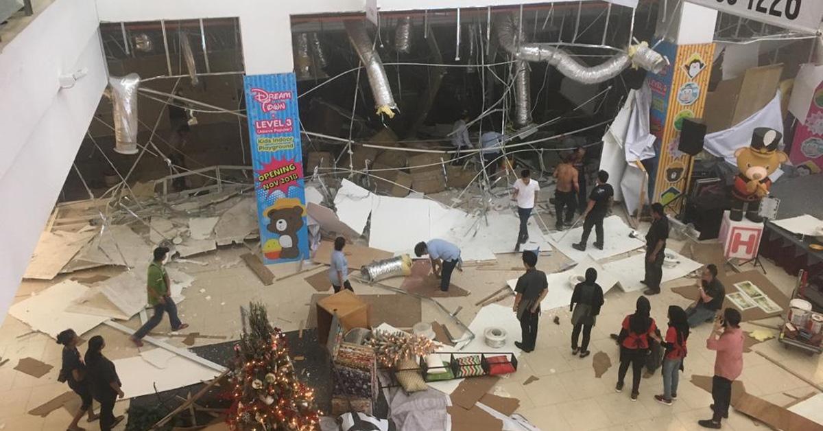 3 Maut 26 Cedera Letupan di CityOne Megamall Kuching