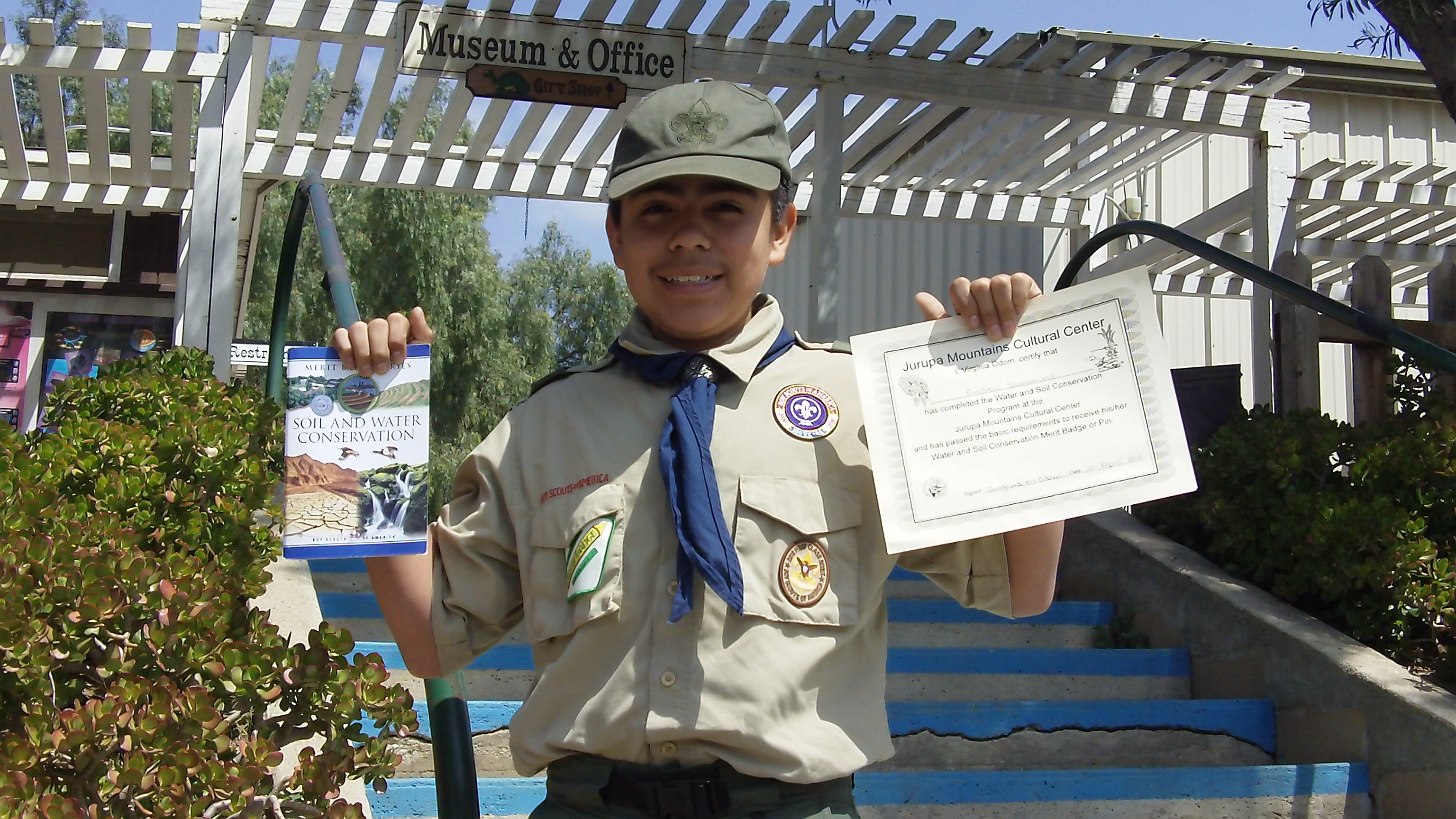 Andrew Samaniego Earns The World Conservation Award