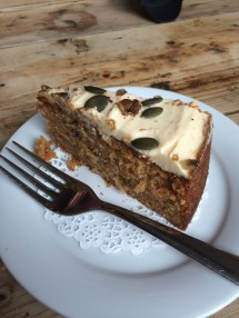 Luxury carrot cake @theloungers #lovelounging