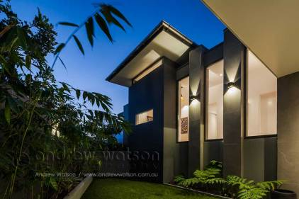 Exterior image of garden courtyard in a Bluewater residence, Cairns
