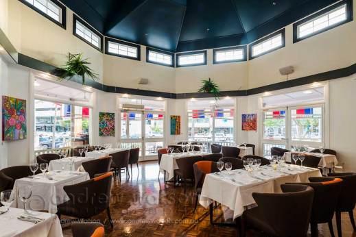 Image of C'est Bon Restaurant dining room
