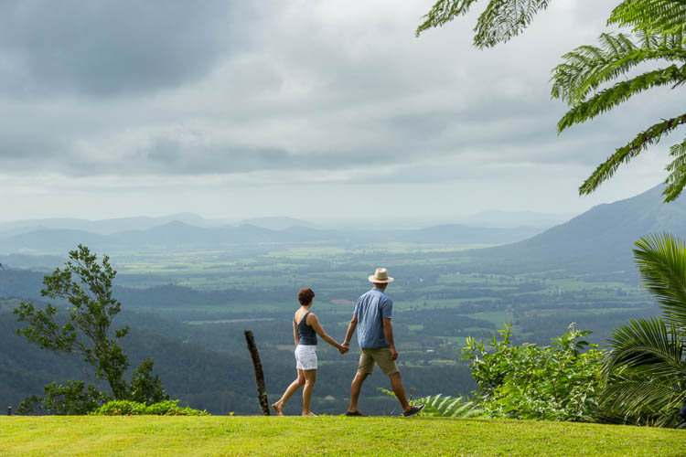 Image of visitors at Eungella Chalet viewpoint, Mackay