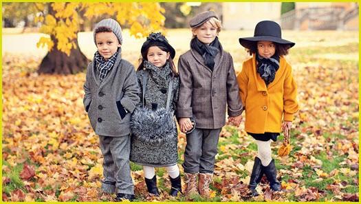 Малыши в осенней одежде