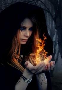 Ведьма и огонь