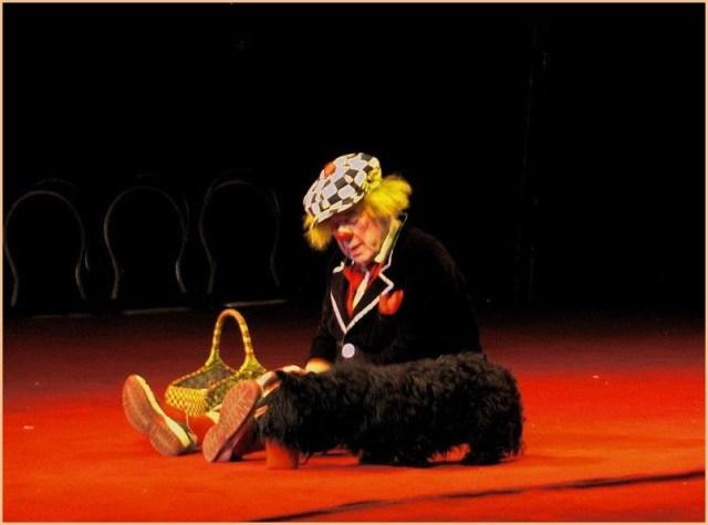 Олег Попов в цирке