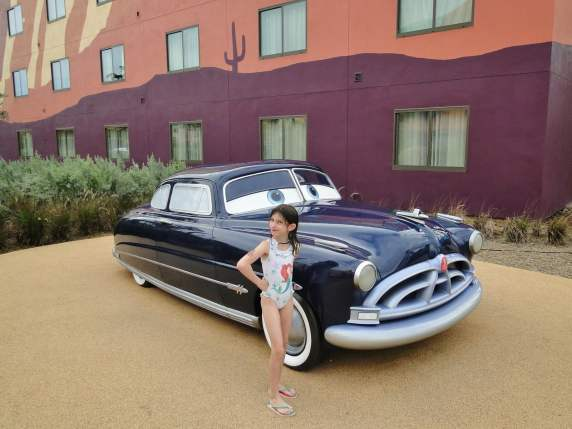 Art of Animation hotel Carros