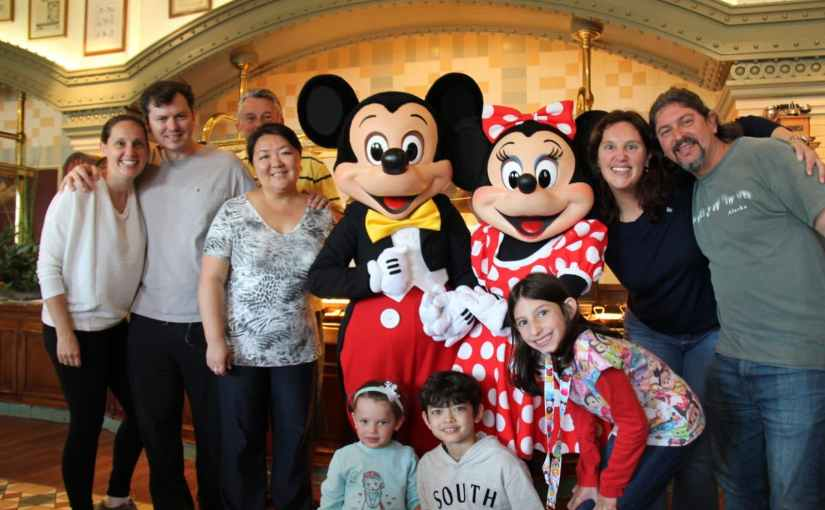 Inventions – Restaurante com personagens na Disneyland Paris