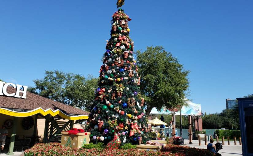 Christmas Tree Trail, trilha de Natal em Disney Springs