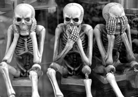 Hear no evil, speak no evil, see no evil skeletons