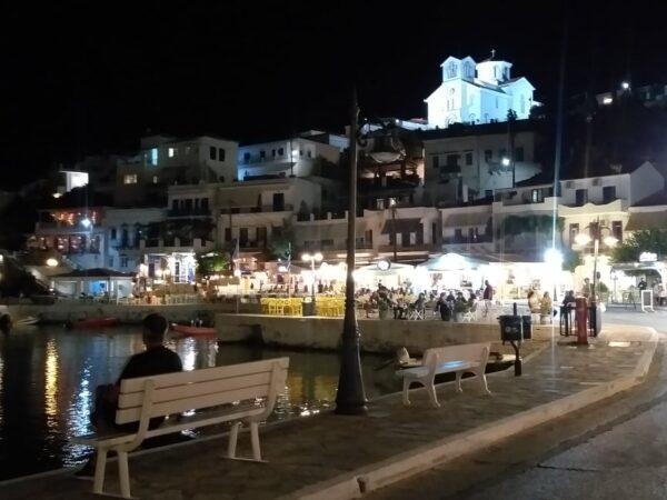 CNN και MEGA αναφέρονται στον τουρισμό στην Άνδρο