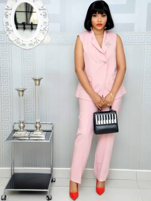 Peach Sleeveless Trousers set with Brooch