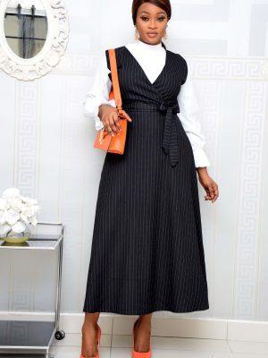 BLACK SLEEVELESS STRIPE BELTED DRESS