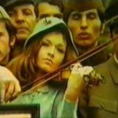 Uloga moje porodice u svjetskoj revoluciji (1971) domaći film gledaj online