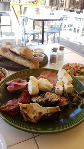 Tel Aviv breakfast (2)