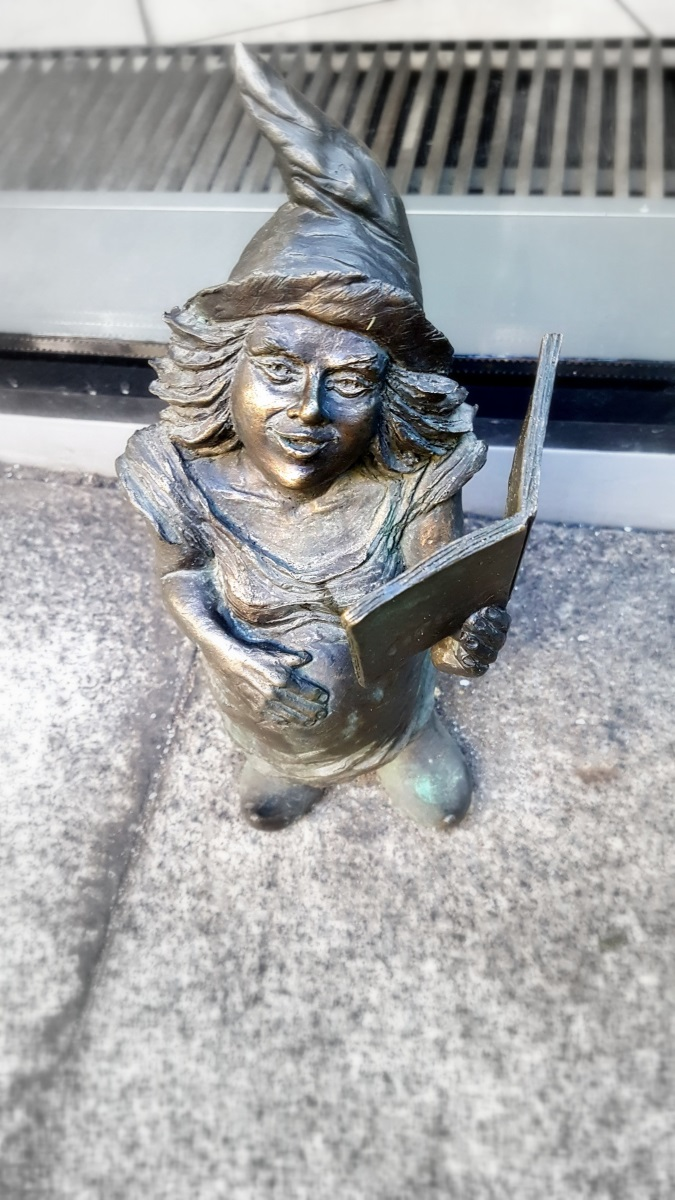 Gnomes in Wroclaw (2)