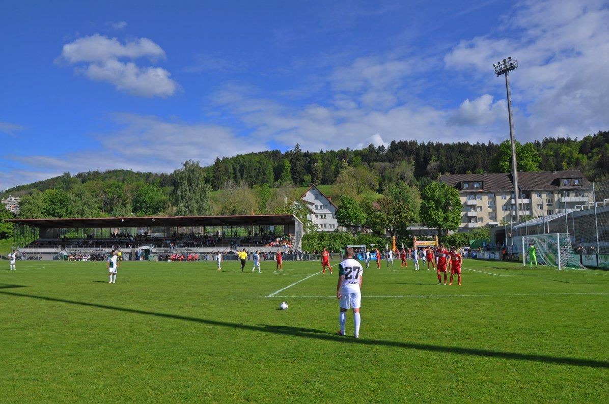 Freistoss der Brühler im Paul-Grüninger-Stadion