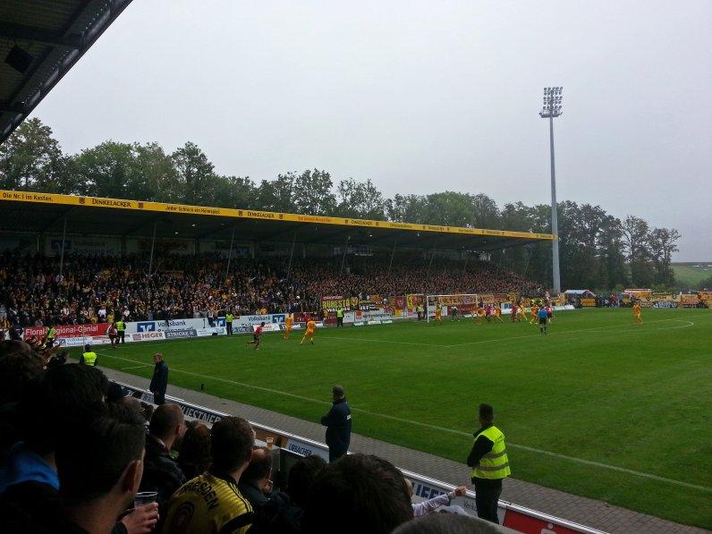 4000 Dresden Fans sorgten für Stimmung