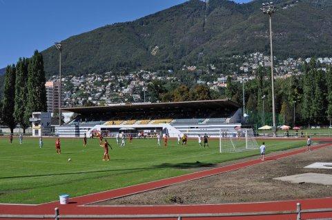 Blick auf die Tribüne im Stadion