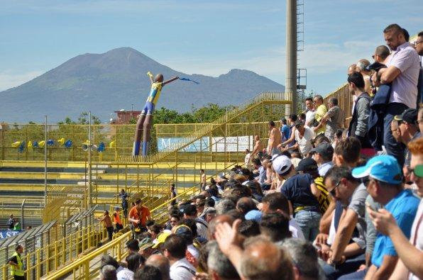 Direkter Blick vom SItzplatz auf den Vesuv