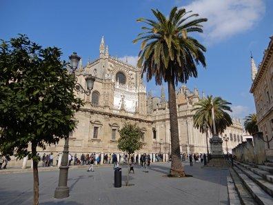 Blick auf die Kathedrale von Sevilla
