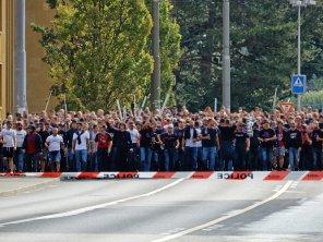 Stadionmarsch der mitgereisten Anhängerschaft aus Basel