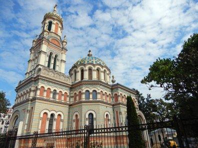 Die sehenswerte Alexander-Newski-Kathedrale nahe dem Bahnhof