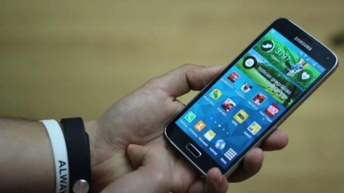TouchWiz Galaxy S5