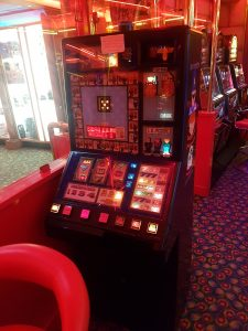 Classic Cops N Robbers Fruit Machine