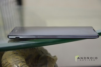 Sony Xperia C3 - Left Edge