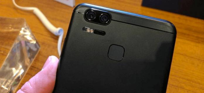 ASUS ZenFone 3 Zoom Android Nougat
