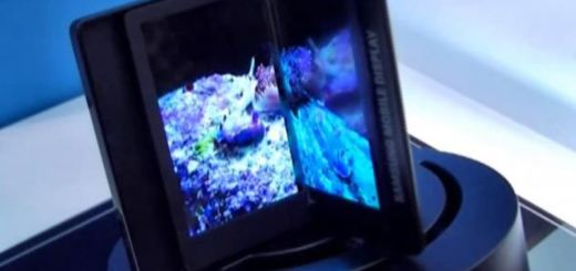 5.68-Inch Foldable Display Revealed at the CES 2014 behind Closed Doors