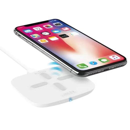 Puro permite carregar smartphone sem usar fios e até duas vez mais rápido 1