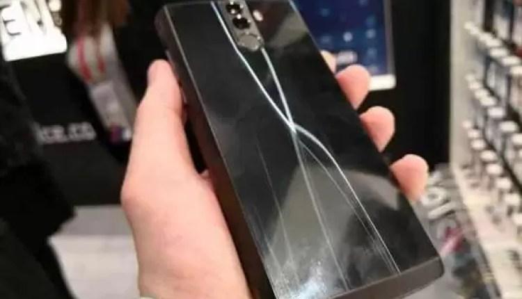 Hands On Energizer Power Max P16K Pro o telefone com bateria de 16000mAh 7