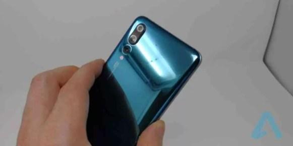 Huawei P20 Pro VS Galaxy S9 + valeu a pena esperar?