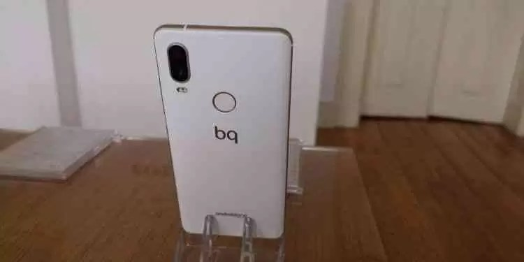 Vídeo Hands On BQ Aquaris X2 e X2 Pro  12