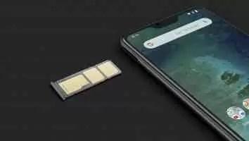 Bandeja de cartão SIM duplo com ponto dedicado para um cartão microSD
