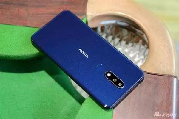 Já viram o Nokia X5 na cor Mar Báltico Azul? 4
