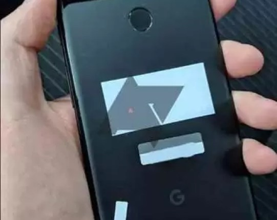Se Olvidan Un Google Pixel 3 Xl En La Parte Trasera De Un Taxi