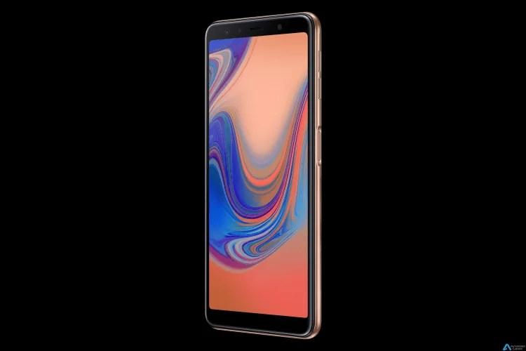 Samsung Galaxy A7 (2018) com sensor de impressão digital montado lateralmente, display infinito, câmaras traseiras triplas é oficial 2